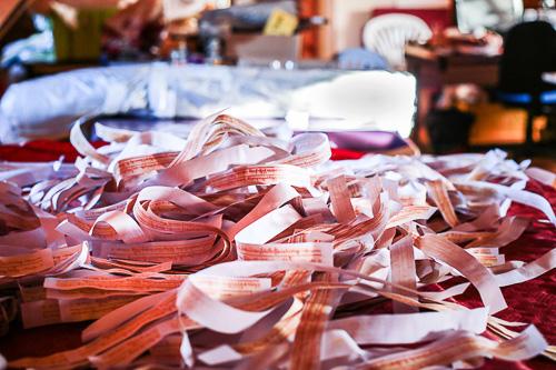 Preparación de rollos pequeños de mantras