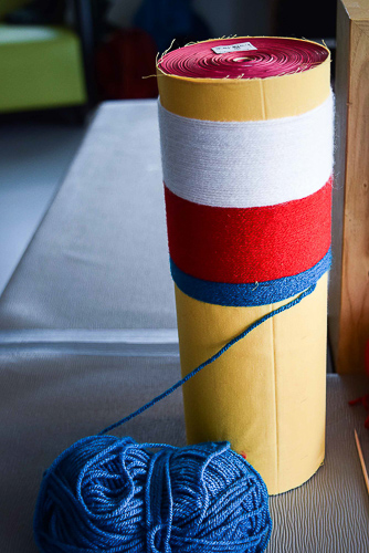 fils de laine des cinq couleurs