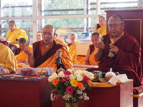 Nendo Rinpoché et Lama Nygyam